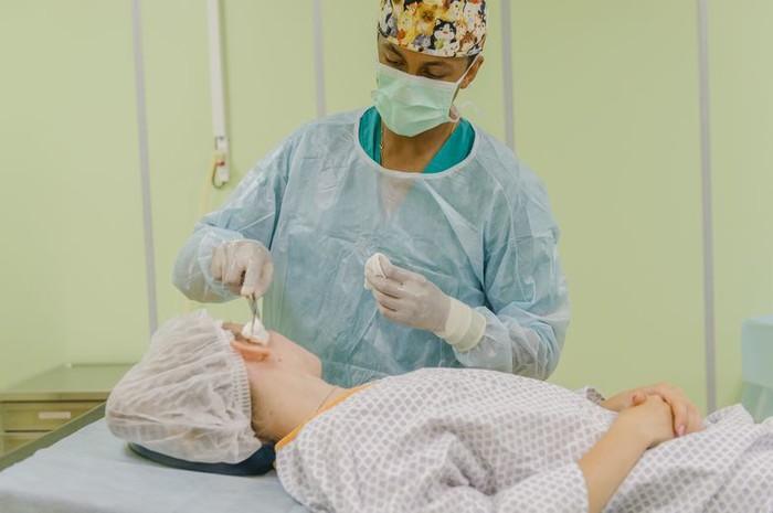 пластический хирург казань