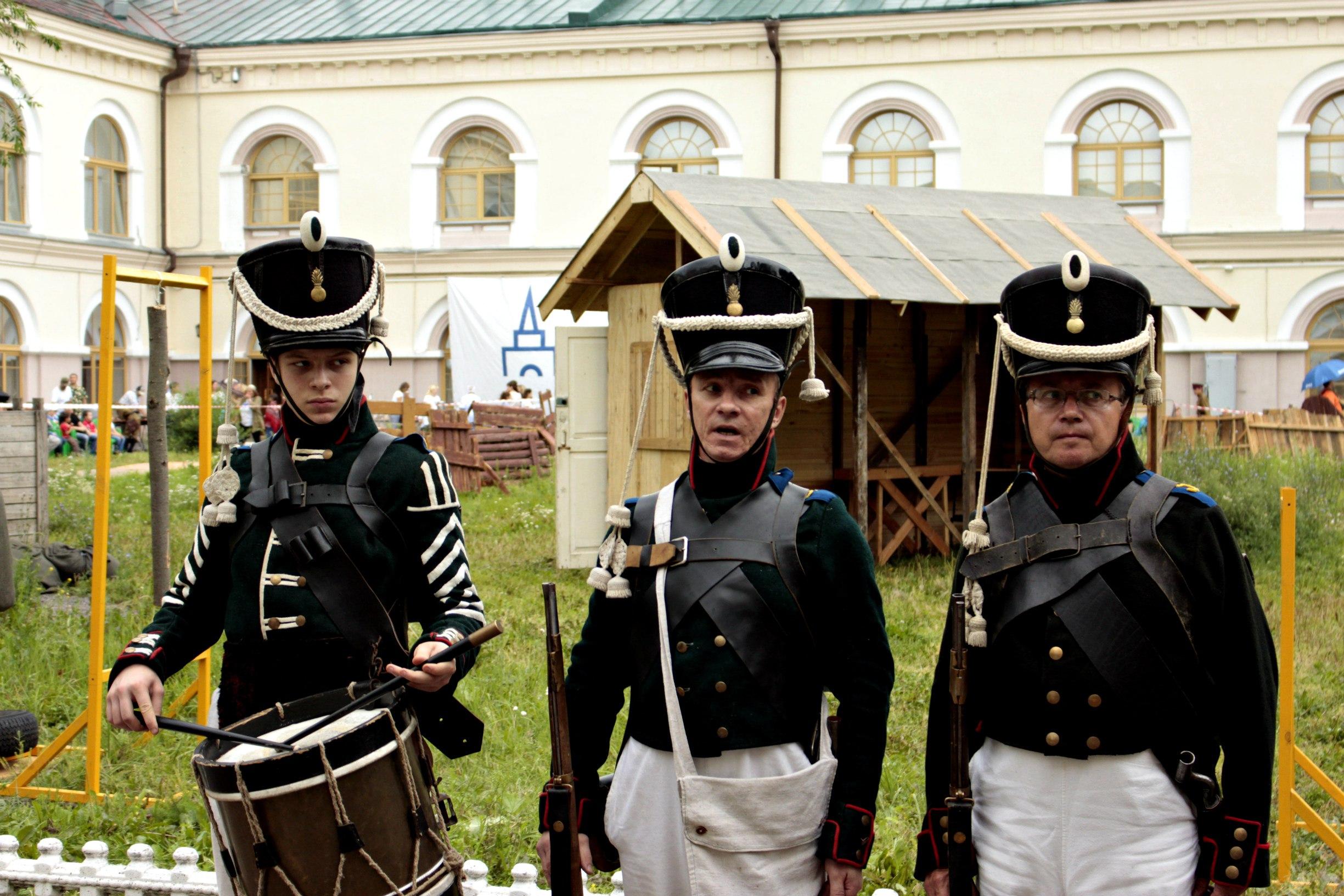«Настоящее мужское дело». Под Кремлем прошли казачьи бои на шашках «Казарла»