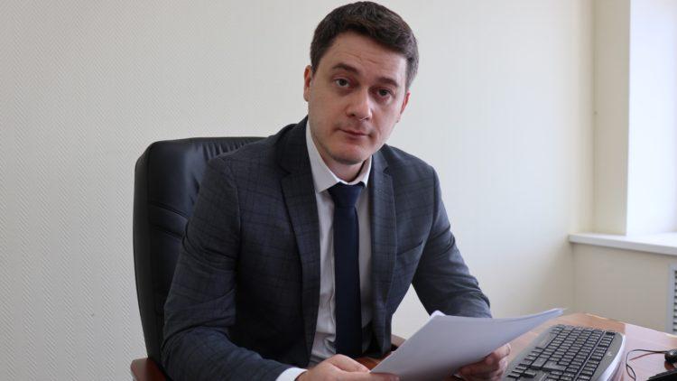 роман амирханов