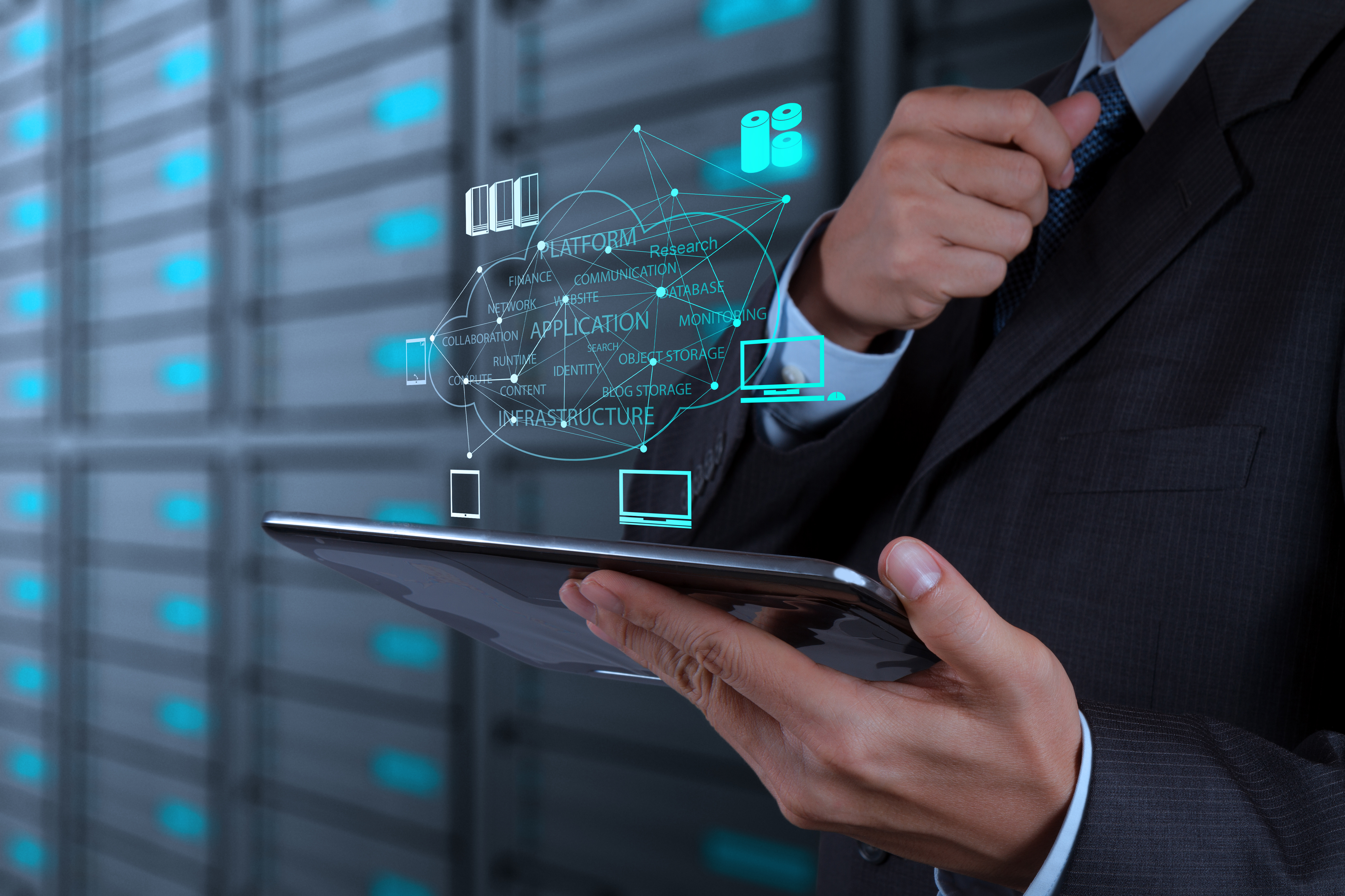 Businessman working with a Cloud Computing diagram on the new co