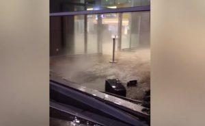 лихач протаранил здание казанского аэропорта