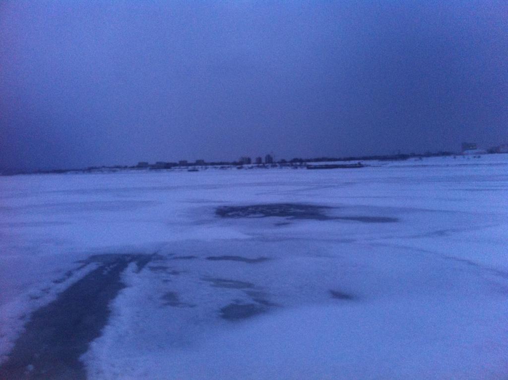 снегоход под лед волга