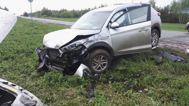 Фото тройного ДТП вТатарстане: пострадали женщина иребёнок