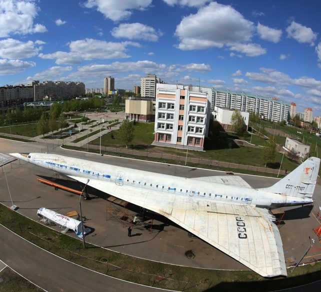 самолет ту-144 книту-каи