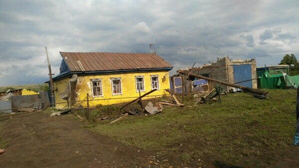ВЧеремшанском районе Татарстана шторм сломал дома
