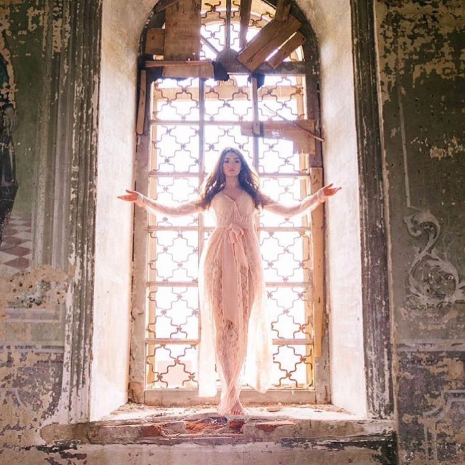 «Святая инквизиция» угрожает хозяйке модельного агентства в Челнах за фото девушек в храме