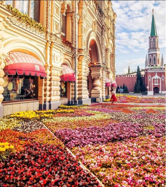 Айгуль Вишня фото московский кремль