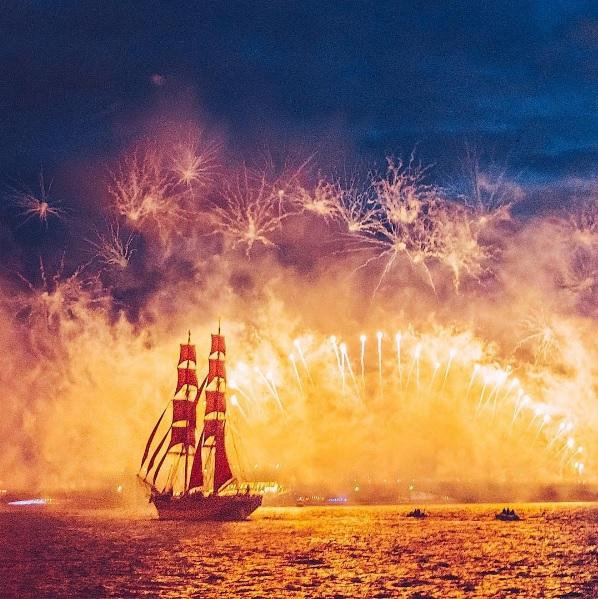 Айгуль Вишня фото петербург алые паруса