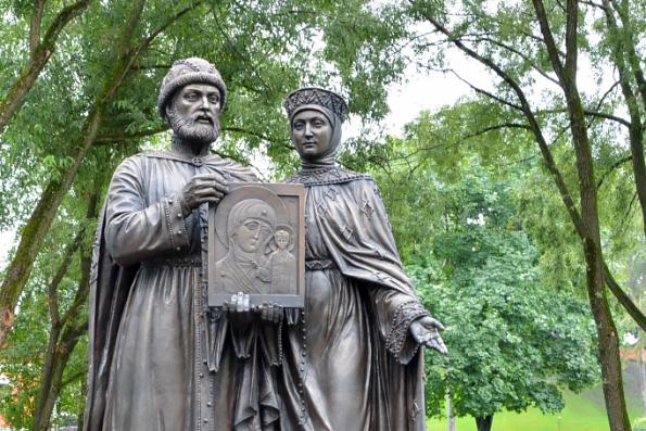 ВКазани определились сместом для монумента Петру иФевронии