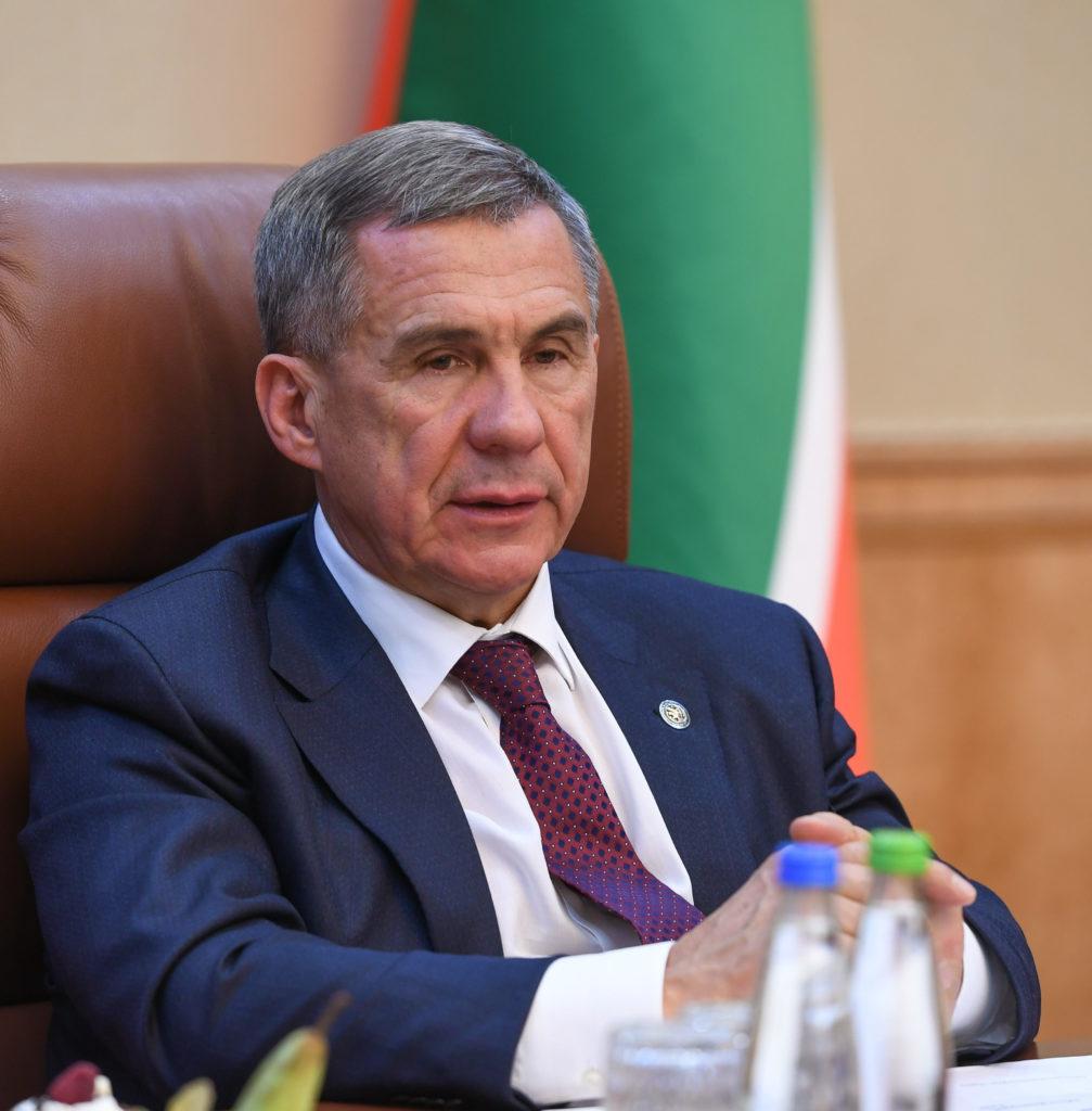 Минниханов объявил осерьезных проблемах срождаемостью вТатарстане