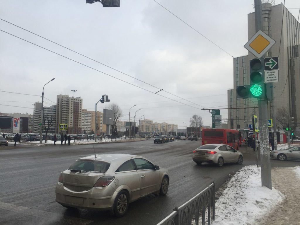 светофор стрелка пешеходы казань 4