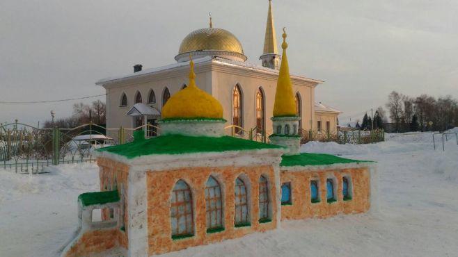мечеть из снега